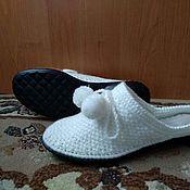 Обувь ручной работы handmade. Livemaster - original item Knitted Slippers-flip-flops on the sole ( white wool blend ). Handmade.