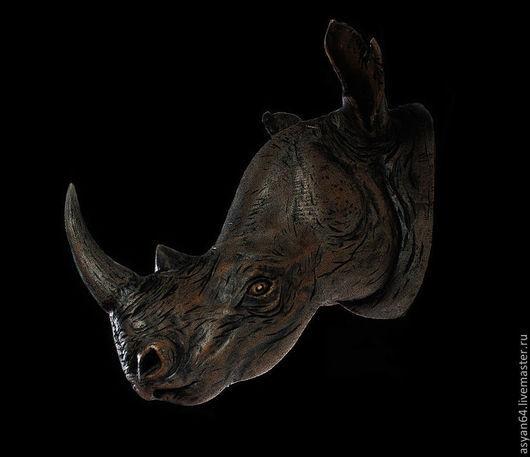 Интерьерные  маски ручной работы. Ярмарка Мастеров - ручная работа. Купить носорог на стену. Handmade. Коричневый, голова на стену, кедр