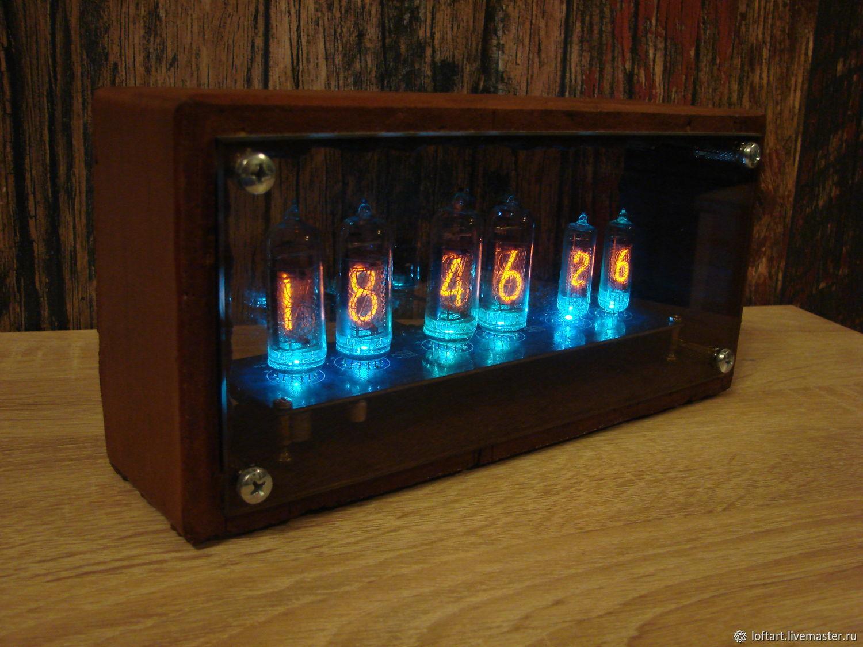 Настольные часы на вакуумных лампах, Часы классические, Москва,  Фото №1