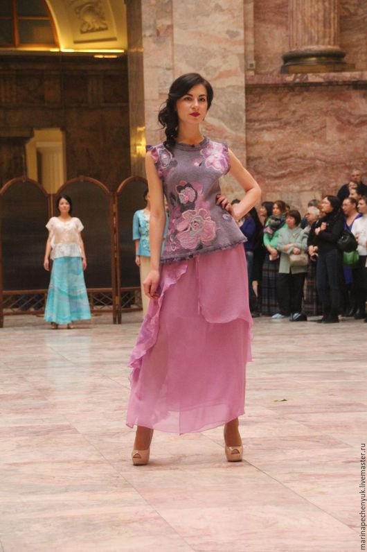 Валяная блузка `Розовый цвет` Марина Печенюк