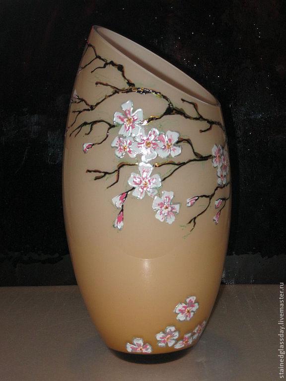 """Декоративная ваза для цветов """"Ностальгия""""\r\nРучная роспись контурами и витражными красками.\r\nХудожник: Екатерина Макарова"""