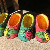 """Обувь ручной работы. Ярмарка Мастеров - ручная работа тапочки """"Божьи коровки"""". Handmade."""