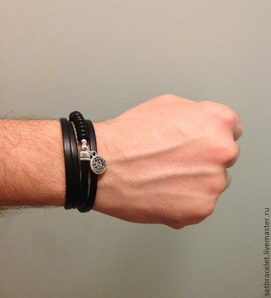 Пример на руке с обхватом запястья 18.5 см