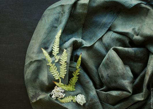 """Шарфы и шарфики ручной работы. Ярмарка Мастеров - ручная работа. Купить Шелковый шарф """"Лесной"""" экопринт индиго. Handmade. экостиль"""
