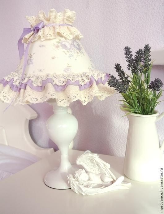 Лампа настольная кружевная сиреневая в детскую стиль Шебби Шик. Декор детской комнаты. Лампа для девочки.