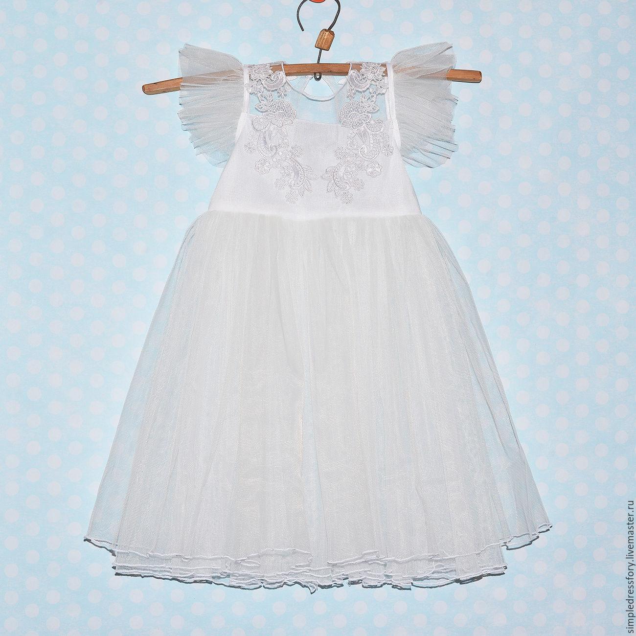 Платье из кружева и фатина