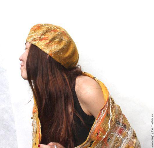 """Береты ручной работы. Ярмарка Мастеров - ручная работа. Купить валяный комплект берет + шарф """"Золотая осень"""". Handmade."""