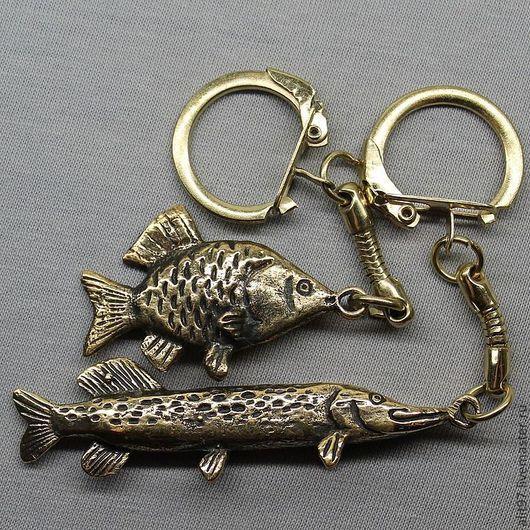 Подарки для мужчин, ручной работы. Ярмарка Мастеров - ручная работа. Купить Брелок рыба, подарок рыбаку. Handmade. Золотой