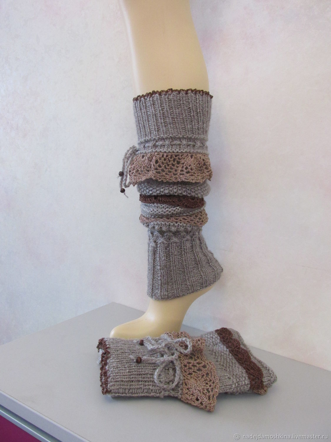 Knitted leggings with ruffles, beige, a gift for a girl, Leg warmers, Petrozavodsk,  Фото №1