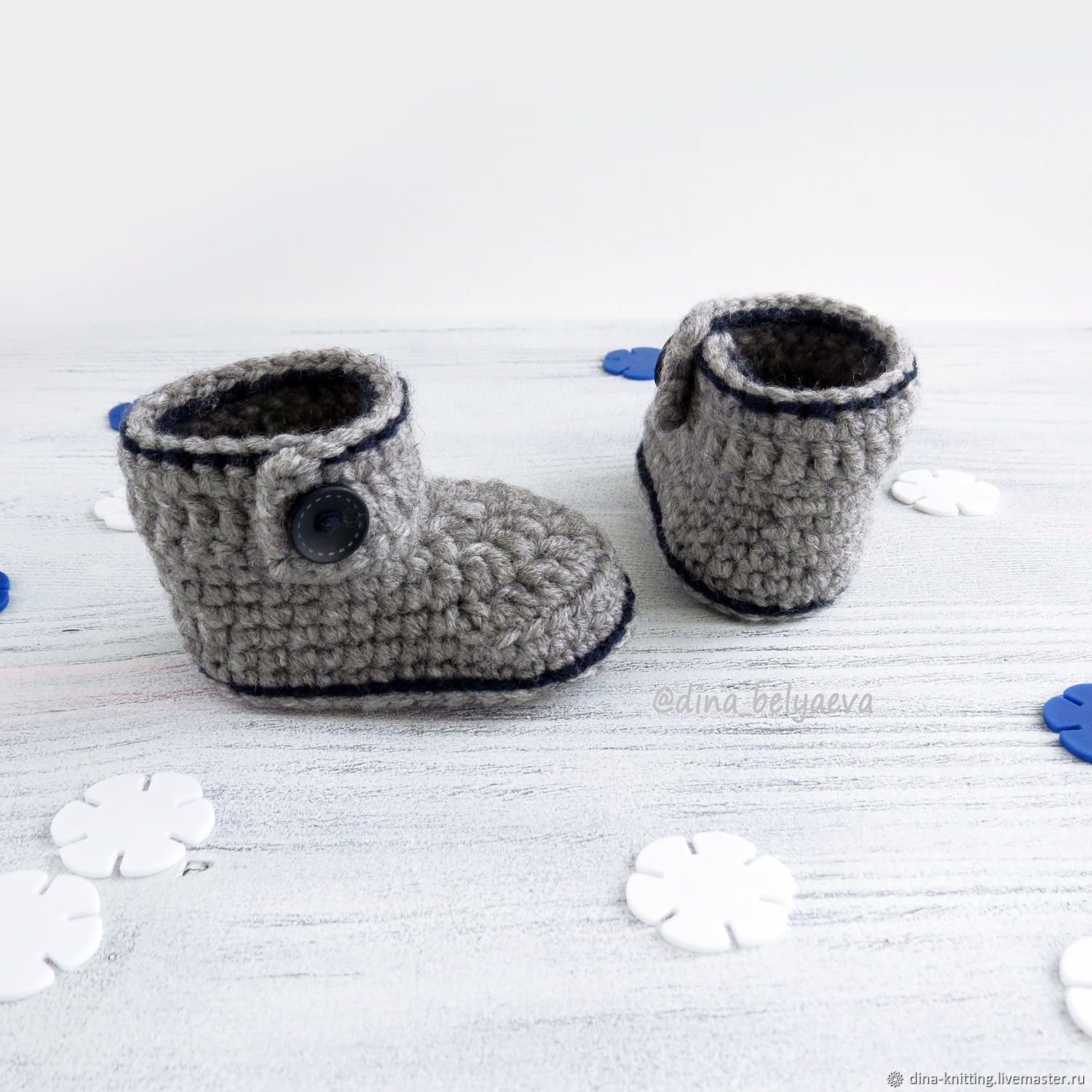 8e1b3138790 Knitted booties for newborn baby boy, warm boots grey – shop online on  Livemaster with shipping - EAJ2PCOM | Cheboksary