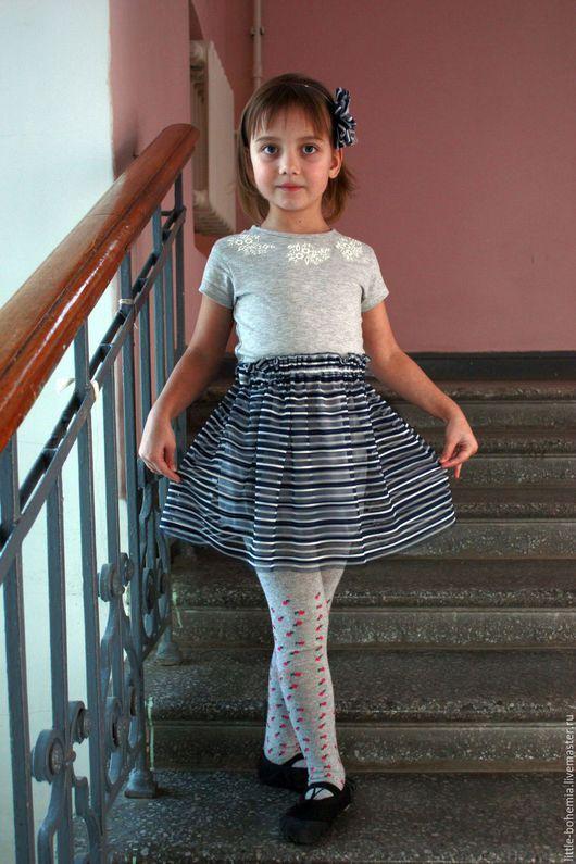 Одежда для девочек, ручной работы. Ярмарка Мастеров - ручная работа. Купить Платье со стразами и пышной юбкой для девочки. Handmade.