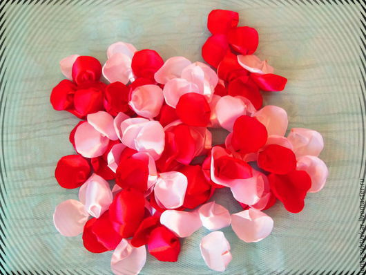 Свадебные цветы ручной работы. Ярмарка Мастеров - ручная работа. Купить Атласные лепестки ручной работы. Handmade. Разноцветный
