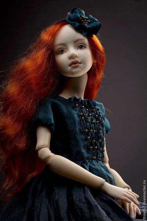 """Коллекционные куклы ручной работы. Ярмарка Мастеров - ручная работа. Купить Шарнирная фарфоровая кукла """"Майя"""". Handmade. Тёмно-зелёный"""