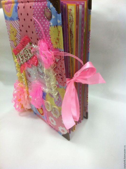Подарки для новорожденных, ручной работы. Ярмарка Мастеров - ручная работа. Купить Детский фото альбом для двойняшек (образец). Handmade. маме