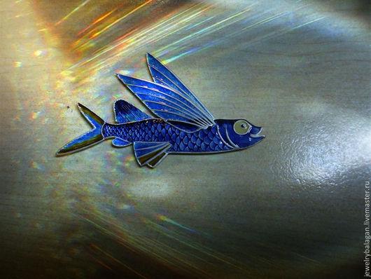 """Броши ручной работы. Ярмарка Мастеров - ручная работа. Купить Брошь """"Летучая рыба"""". Handmade. Синий, рыба, крылья, чешуя"""