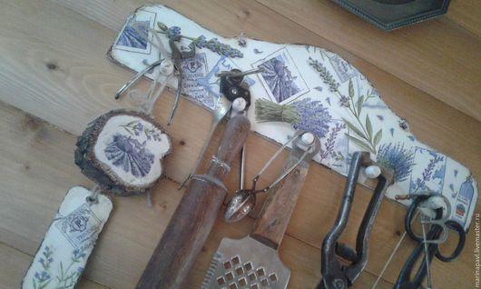 Кухня ручной работы. Ярмарка Мастеров - ручная работа. Купить Вешалка  лавандовые зарисовки. Handmade. Комбинированный, лак на водной основе