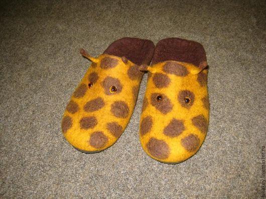 Обувь ручной работы. Ярмарка Мастеров - ручная работа. Купить Тапочки-шлепки валяные Жирафка. Handmade. Жираф, желто-коричневый