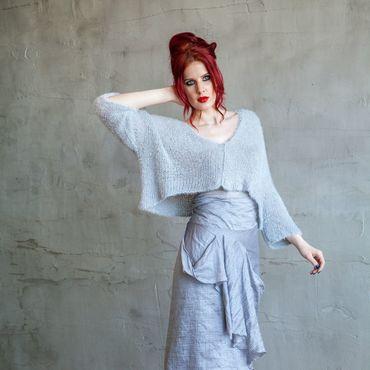Одежда ручной работы. Ярмарка Мастеров - ручная работа С_002 Вязаный блузон «Травка» короткий, цвет серебристый. Handmade.
