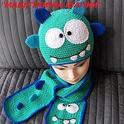 """Аксессуары ручной работы. Ярмарка Мастеров - ручная работа Шапка + шарф """"Любимый монстрик"""". Handmade."""