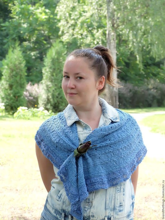 Шали, палантины ручной работы. Ярмарка Мастеров - ручная работа. Купить Летняя уютная мини-шаль из хлопка Синенький скромный. Handmade.