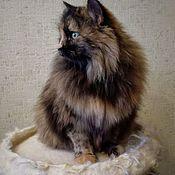Лежанки ручной работы. Ярмарка Мастеров - ручная работа Гнездышко для кошки, d -40см (до 5кг) лежанка для кошки, дом для кошки. Handmade.