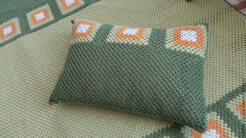 Вязаный плед (покрывало) и подушки. Релакс – купить в ...