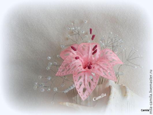 """Заколки ручной работы. Ярмарка Мастеров - ручная работа. Купить Гребень """"Хрустальная лилия"""". Handmade. Розовый, гребень для прически"""