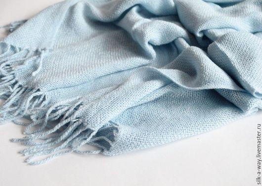Шарфы и шарфики ручной работы. Ярмарка Мастеров - ручная работа. Купить Шарф теплый. Палантин светло-голубой.. Handmade. Голубой