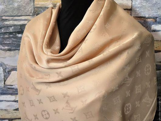Шали, палантины ручной работы. Ярмарка Мастеров - ручная работа. Купить Платок из ткани Louis Vuitton. Handmade. Бледно-розовый