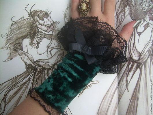 """Варежки, митенки, перчатки ручной работы. Ярмарка Мастеров - ручная работа. Купить Бархатные манжеты """"Emerald"""". Handmade. Митенки, бархат"""