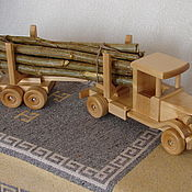 Куклы и игрушки ручной работы. Ярмарка Мастеров - ручная работа лесовоз с полуприцепом. Handmade.