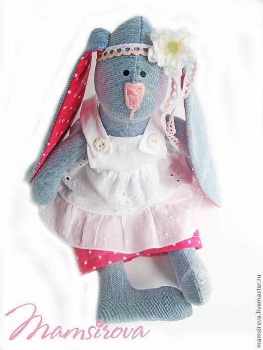 Куклы Тильды ручной работы. Ярмарка Мастеров - ручная работа. Купить Зайка Тильда-Стеша .. Handmade. Голубой, тильда, джинсовая