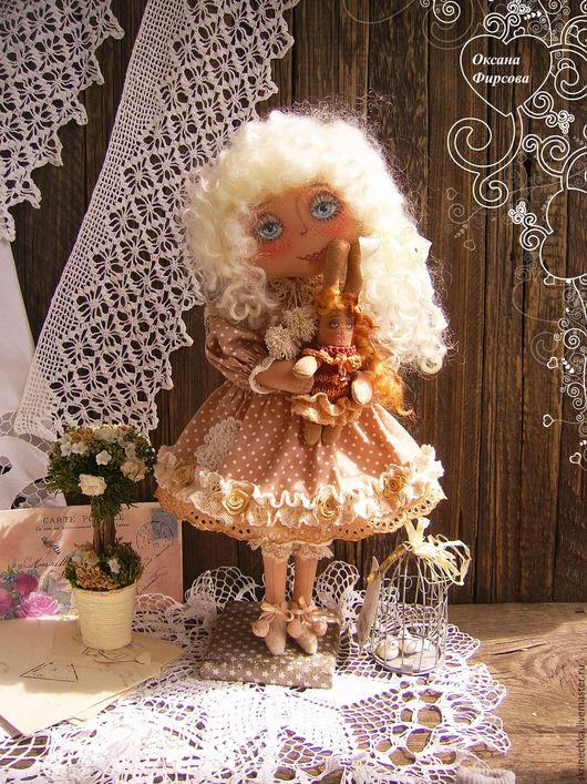 Куклы тыквоголовки ручной работы. Ярмарка Мастеров - ручная работа. Купить С любимой игрушкой интерьерная текстильная коллекционная кукла. Handmade.