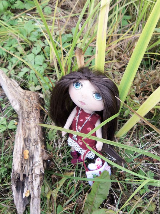 Коллекционные куклы ручной работы. Ярмарка Мастеров - ручная работа. Купить Текстильная кукла Гретта. Handmade. Бордовый, вышивка крестом