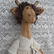 Куклы и игрушки ручной работы. Ярмарка Мастеров - ручная работа Жирафа в белом, интерьерная игрушка. Handmade.