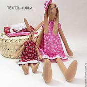 Куклы и игрушки ручной работы. Ярмарка Мастеров - ручная работа Зайки сестрички - текстильные игрушки для девочек. Handmade.
