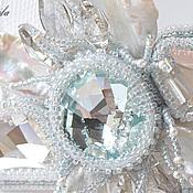 Свадебный салон ручной работы. Ярмарка Мастеров - ручная работа Ice Flower - колье с кристаллами Swarovski и кружевом Шантильи. Handmade.