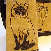 Косметички ручной работы. Ярмарка Мастеров - ручная работа Косметичка и чехол для телефона из замши  Любимая тайская кошка. Handmade.