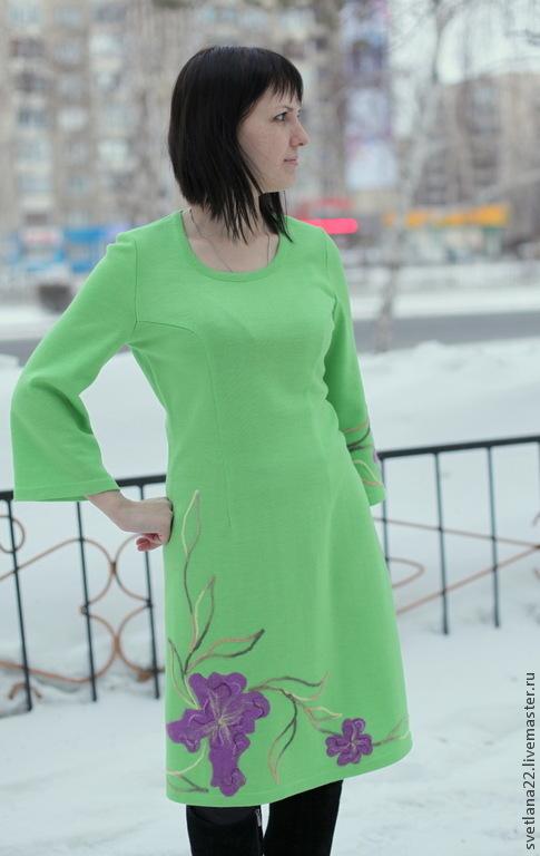 """Платья ручной работы. Ярмарка Мастеров - ручная работа. Купить Вязаное платье """"Ирисы"""". Handmade. Салатовый, трикотажное платье, ирисы"""