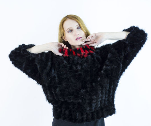 Меховой свитер `Стендаль`