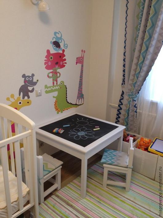Детская ручной работы. Ярмарка Мастеров - ручная работа. Купить Детский стол + два стула. Handmade. Белый