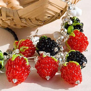 """Украшения ручной работы. Ярмарка Мастеров - ручная работа """"Berries"""": браслет, серьги, подвеска. Handmade."""