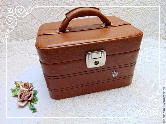 Винтажные сумки и кошельки. Ярмарка Мастеров - ручная работа. Купить Винтажный кожанный сундучок , Европа, 60-е. Handmade.