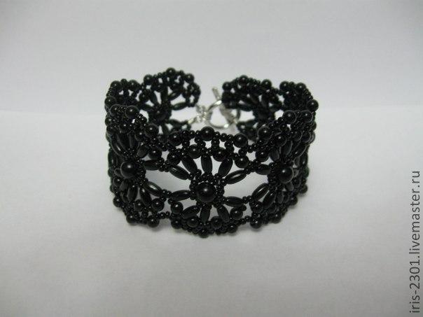 Кружевные браслеты из бисера