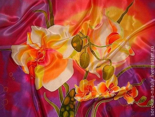 Платок батик `орхидеи`. Расписан в ручную на натуральном шёлке-атласе, что придаёт платку шикарный лоск. Очень нежный и приятный к телу.