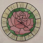 """Для дома и интерьера ручной работы. Ярмарка Мастеров - ручная работа Часы настенные из стекла """" Розовая мечта"""" тиффани. Handmade."""
