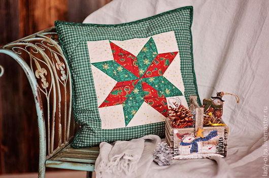 Подушка Наволочка декоративная лоскутная зеленая Рождество Фото.\r\nМастер Lady Olga