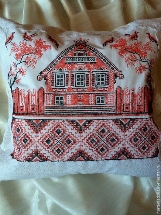 """Текстиль, ковры ручной работы. Ярмарка Мастеров - ручная работа. Купить Подушка - """"Избушка"""" оберег. Handmade. Ярко-красный"""