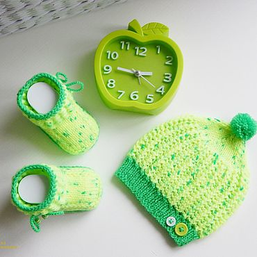 Works for children handmade. Livemaster - original item Clothing set: Cap and booties