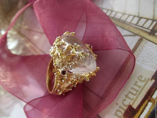 """Кольца ручной работы. Ярмарка Мастеров - ручная работа. Купить Крупное кольцо """"Розовая Мечта"""" с розовым кварцем и гранатами.. Handmade."""